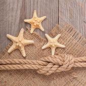 Loď lano na dřevěné textury pozadí — Stock fotografie