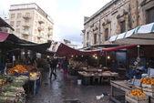 Mercado ballaro en palermo — Foto de Stock