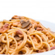 Spaghetti with mushrooms — Stock Photo