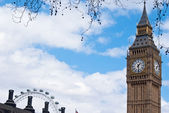 Big Ben and the London Eye — Stock Photo