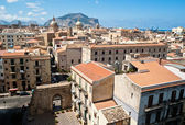 View of Palermo with old houses and monuments — Stock Photo