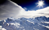 Sol en la cima de la montaña matterhorn — Foto de Stock