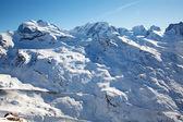 Paisaje de invierno suizo — Foto de Stock