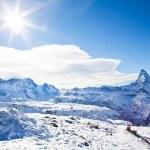 Winter swiss landscape on Switzerland hills with mountain Matter — Stock Photo