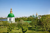 Kiev Pechersk Lavra monastery and Dnieper river in Kiev — Stock Photo