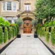 Rich london mansion entrance — Stock Photo #17212907