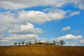 Autumn landscape with beautiful clouds — Foto de Stock
