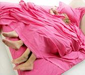 Coppia a letto — Foto Stock