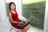 Lady with laptop — Stock Photo