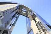 Blå himmel och umeda sky building i osaka japan — Stockfoto