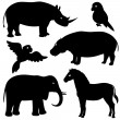 Set 1 of african animals silhouettes — Stock Vector