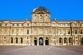 Le louvre museum palace paris — Stock Photo