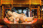 Reclining statue in the The Jade Buddha Temple shanghai china — Stock Photo