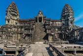 Courtyard angkor wat cambodia — Stock Photo