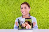 Free copy space tablet photo — Stock Photo