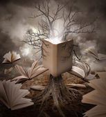 Old Tree Reading Story Book — Stock Photo