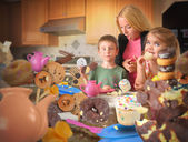 Junk Food Snack Kids Getting Caught by Mom — Stock Photo
