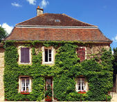 Building in the village of Provence, France — Stock Photo