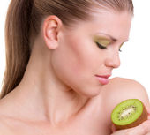 Young Woman With Kiwi — Stock Photo