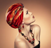 Fashion woman in turban — Photo