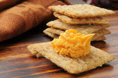 Cracker with cheese — Stock Photo