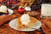 Apple pie at Christmas — Stock Photo