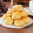 Bite sized cream puffs — Stock Photo