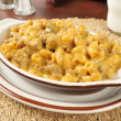 Cheesy macaroni and beef casserole — Stock Photo