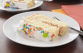 Plátek bílý dort — Stock fotografie