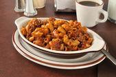 Chili macaroni casserole — Stock Photo