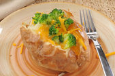 Baked potato with broccoli and cheese — Stock Photo