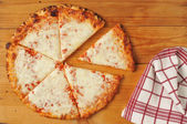 Rustic cheese pizza — Stock Photo