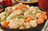 Cast Iron Skillet of Chicken and Dumplings — Stock Photo