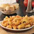 Cheese tortellini with tomato sauce — Stock Photo