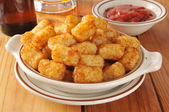 Tater tots as a bar snack — Stock Photo