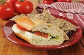 Caprese panino con tortilla chips — Foto Stock