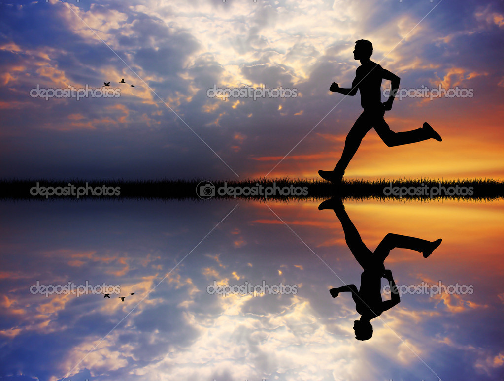 Man running at sunset — Stock Photo #15707183