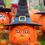 Halloween pumpkins — Stock Photo #33690551