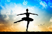 Dancer at sunset — Stock Photo