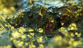 Nugget. Precious metals, crystals. Extreme closeup — Stock Photo