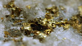 Abstract fantastic background from a gold metal in crystal su — Foto de Stock