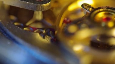 Clockwork of a chronograph. Extreme closeup. Macro — Vídeo Stock