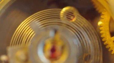 Ein uhrwerk einen chronographen. extreme nahaufnahme. makro — Stockvideo