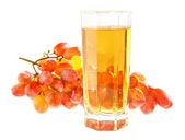 Grapes and glass of juice of a grapes. — Foto Stock