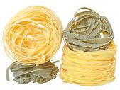 Durum wheat semolina pasta with spinach — Stock Photo