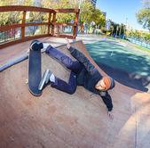 在 skatepark 的滑板手 — 图库照片