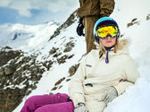 Portrait of snowboarder in winter resort — 图库照片