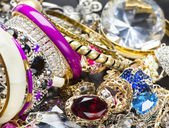 Fashionable women's jewelry — Stockfoto