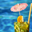 Cocktail Mahito near pool — Stock Photo