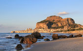 Cefalu rock and historical town in sunset light — Stock Photo